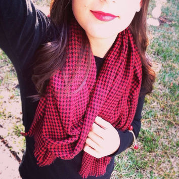 Red and Black Houndstooth long Scarf | blanket scarf | winter accessory | inspired by Zara scarf
