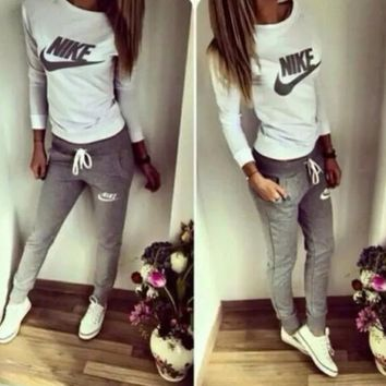 Nike Women Fashion Print Round Neck Top Sweater Pants Sweatpants Set Two-Piece Sportswear
