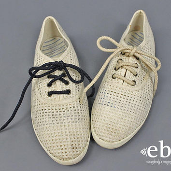 Lace Up Shoes Flat Shoes 90s Sneakers 90s Shoes Cream Shoes Crochet Shoes Sheer Shoes Lace Up 90s Keds Liz Claiborne Tennis Summer Shoes 6.5