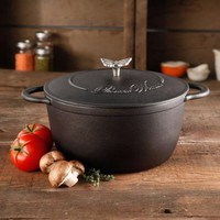 The Pioneer Woman Timeless Cast Iron 5-Quart Pre-Seasoned Dutch Oven with Lid, Bakelight Knob & Stainless Steel Butterfly Knob - Walmart.com