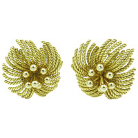 Van Cleef & Arpels Gold Flower Earrings