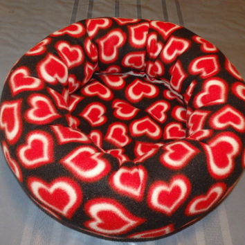 Small Pet Bed Hearts