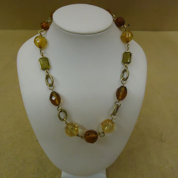 Designer Fashion Necklace 15in L Chain/Link Beads Female Adult Browns/Reds -- Preowned