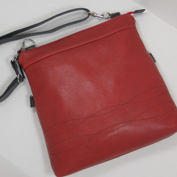 Foldover Leather Purse, Leather Crossbody Bag, Foldover Bag, Womens Leather Handbag, Handmade Leather Purse, Red Black Leather Shoulder Bag