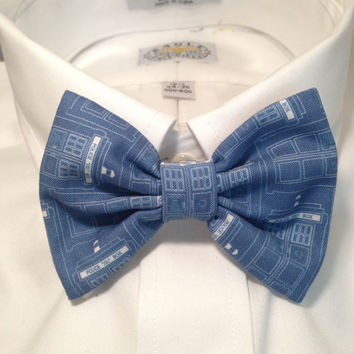 Doctor Who Tardis Blueprint Bowtie / Bow Tie