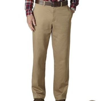 University of Georgia (UGA) Bulldogs Dockers Game Day Khaki Pants, Classic Fit D3 - Men's