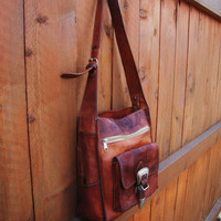 gorgeous vintage hand tooled western leather hand bag. soft supple distressed leather. western bag
