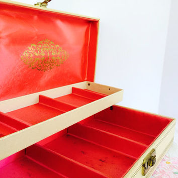 Mid Century Jewelry Box  Hot Pink Lining Gold Star Leatherette Original Key Large