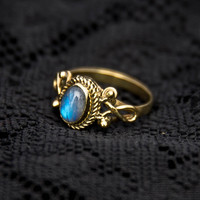 MOONSTONE BOHO RING brass gold tone indian tribal ethnic bohemian gemstone rainbow moonstone midi knuckle solitaire stacking pretty BR16M