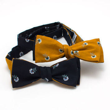 Japanese Floating Flower Reversible Classic Bow
