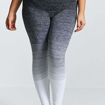 Plus Size Active Marled Leggings