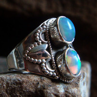 Ethiopian Opal Ring Sterling Silver Opal Ring Opal Jewelry Gypsy Jewelry Large Gemstone Ring Large Gemstone Navajo Tribal Boho Indie 6.5