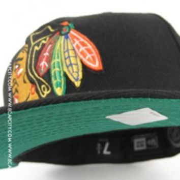 Chicago Blackhawks New Era Hats (BLACK WITH GREEN UNDER BRIM) – NHL Fitteds – Custom 59Fifty Caps - Green Under Brim