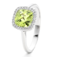 Lee Michaels Fine Jewelry | Peridot & Diamond Ring
