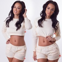 CREAM SWEAT SHORTS SET