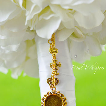 Wedding Memorial Charm - Gold Finish Bride Bouquet Photo Charm - Bouquet Picture charm - Bouquet Charm - Bridal Gift - Bridal Accessories