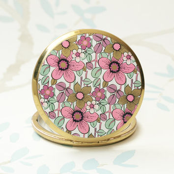 Powder Compact, Stratton Compact, Mirror Compact, Flowers, Enamel, Handbag Mirror, Pink Powder Compact, Patterned Compact, Floral - 1960s