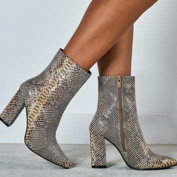 Hot style snake-print ankle boots with pointed high heels and thick heels