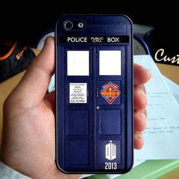 Tardis Doctor Who Police Box Diary  - Photo Hard Case design for iPhone 4/4s Case, iPhone 5 Case, Black or White ( Choose Option )