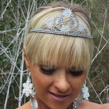 Snowflake - Party Hair Accessories - Princess Accessories - Winter Hair Accessories - Girls Hair Accessories -- Winter Wonderland - Gifts