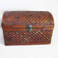 Woven Wood and Brass Lidded Box Vintage Bamboo / Wicker / Reed / Sewing Box / Keepsake Box / Home Decor