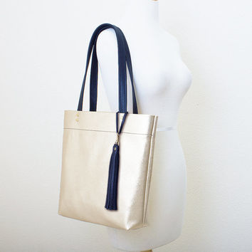 Metallic Platinum Gold and Black Leather Tote with Tassel Keychain Purse Charm, Everyday Shoulder Bag, Minimal Leather Tote
