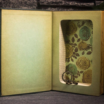 Hollow Book Safe- Mark Twain- Vintage (1917) - OOAK