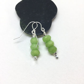 Peridot Earrings Sterling Silver Peridot Drop Earrings Olivine Long Green earrings modern delicate earrings faceted mate Peridot 925 Silver