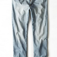 AEO Men's Relaxed Straight Jean (Light Vintage Wash)