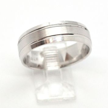 (2-5267-h9-3) Sterling Silver Men's Dual Finish Band Ring.