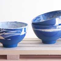 Marble blue-Hand made ceramic bowl in blue and white with glossy glaze. modern and urban look