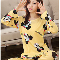 2015 New Autumn Winter 2pieces Pyjamas Set Women Girls Cotton Round Neck Pajamas Sets Teacup Cat Sleepwear Clothes Free Shipping