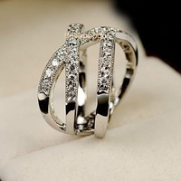 Elegant Jewelry 18K White Gold Gp Swarovski Crystal Cross Party Wedding Ring
