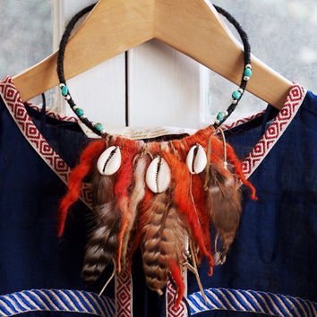 TYC-01, Free U.S shipping tribal designed eco-friendly chunky yarn and shell collar/choker necklace