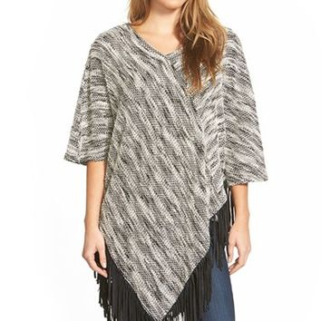Women's Two by Vince Camuto Poncho with Faux Suede Fringe,