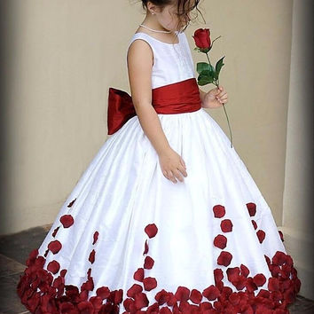White & Red Bow Knot Rose Satin Ball Gown Flower Girl Dresses Crew Neckline Little Girl Party Pageant Gowns 2016 New