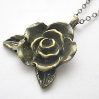 Game of Thrones: Margaery Tyrell antique gold / brass rose necklace