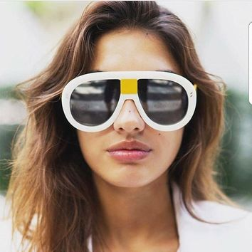Oversize Fashion Sunglasses Women big Frame shades Luxury Brand Designer Vintage Sun glasses ladies white shield sunglasses men