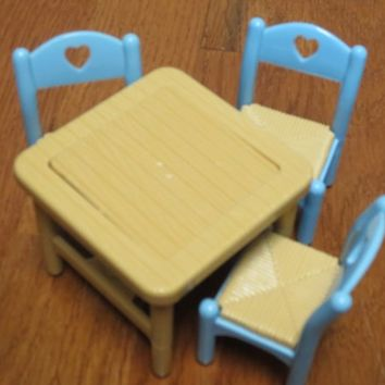 Vintage Fisher Price Dream Doll House Flip Kitchen Table 3 Chairs Set
