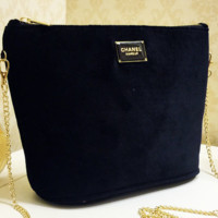 Chanel new velvet chain slanted single shoulder bag with large capacity gift cosmetic bag