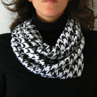 Black and White Jersey Houndstooth Print Infinity Scarf