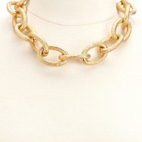 OVERSIZED CHAIN LINK NECKLACE