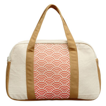 Women's Scallop Pattern-1 Beige Printed Canvas Duffel Travel Bags WAS_19