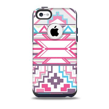The Vector Pink & White Modern Aztec Pattern Skin for the iPhone 5c OtterBox Commuter Case