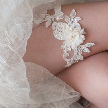 ivory wedding garter 3D flower  lace  garter , Wedding Garter,  garters, ivory lace Garter, Free Ship