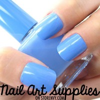 Baby Blue - Light Sky Blue Nail Polish Lacquer 16ml