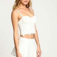 WHITE FLORAL CROCHET BUSTIER TOP