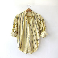 vintage striped yellow shirt. button down boyfriend shirt. coed shirt. oversized slouchy shirt.
