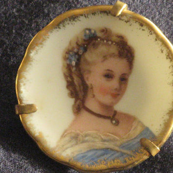 Vintage LIMOGES Hand Painted Porcelain Plate Brooch Pin Edwardian Lady Portrait