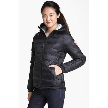 Women's Canada Goose 'camp' Slim Fit Hooded Down Jacket - Boaety